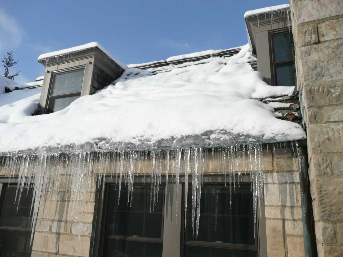 How to prevent ice dams on your roof in Rochester NY